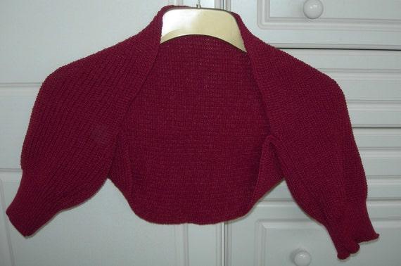Short sleeved ribbed shrug - burgundy