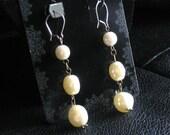 Dangling pearls (gauge friendly)