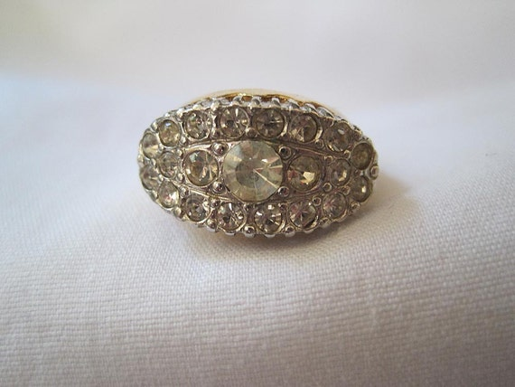 Vintage Gold and Rhinestone Ring
