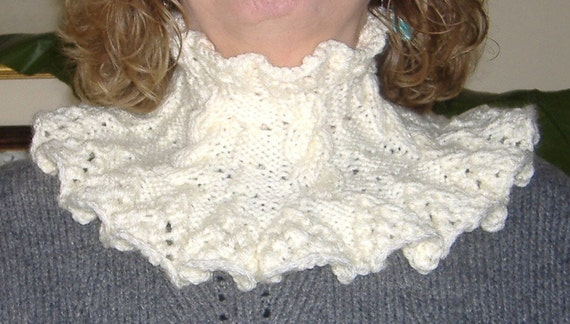 Cream Cabled and Frilly Knitted Collar