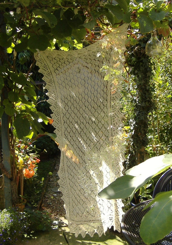 Creamy Knitted Victorian Lace Shawl