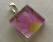Purple Daisy Glass Pendant with Organza Necklace
