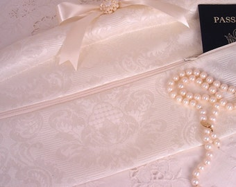 Bridal Padded Hanger Cream Damask Travel Hanger Safe to Hold all Treasured Keepsakes