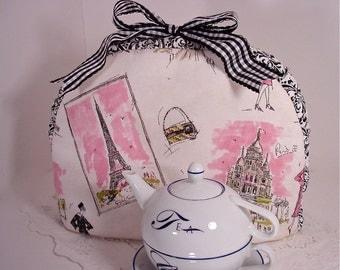 Paris Tres Chic Insulated Gusset Tea Cozy