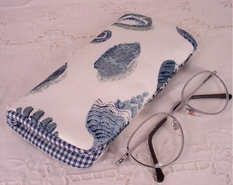 Sea Shell Eyeglass, Sunglass, or Gadget Case Holder In Blue and White