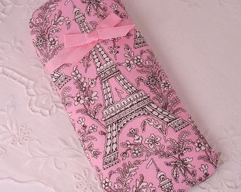 Paris Eiffel Tower Pink and Brown Eyeglass, Sunglass, or Gadget Holder