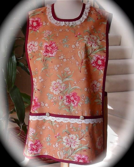 Cinnamon Girl Women's Cobbler Apron  Cooking, Crafts, Gardening or any Adventure