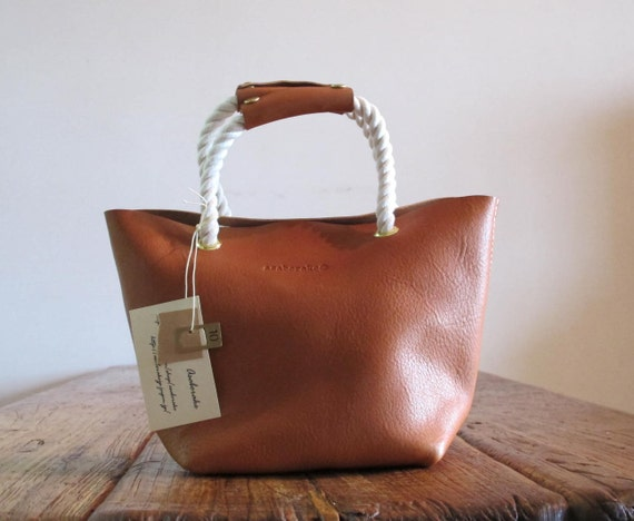Hand Stitched Simple Leather Rope Handle Tote - Caramel Brown -