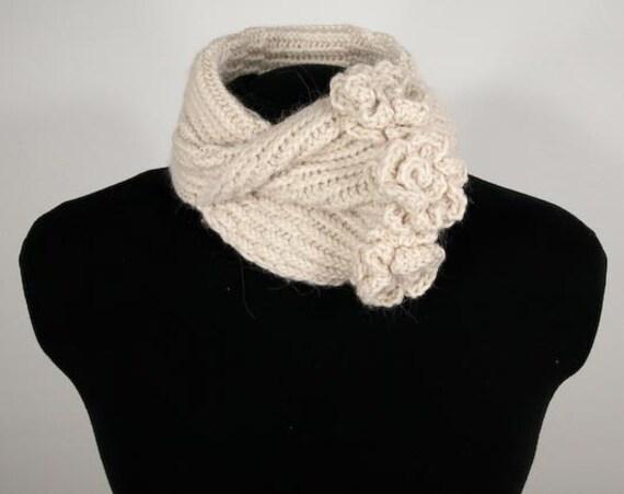 Hand Knit Camellia Neckwarmer Vanilla Baby Alpaca & Wool- Item 1093