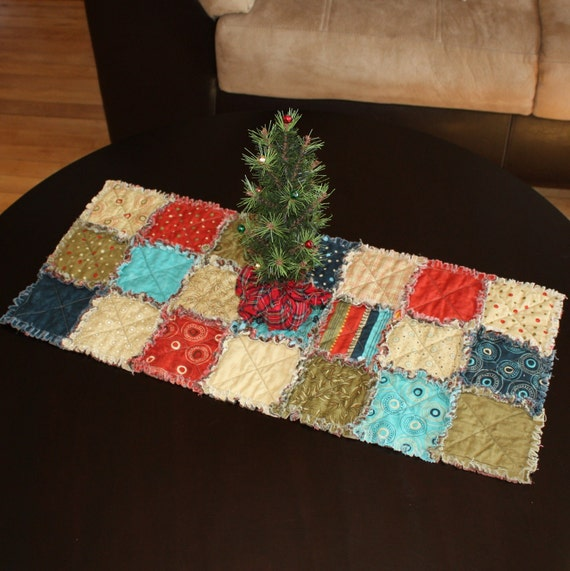 Adoring Rag Quilted Table Runner