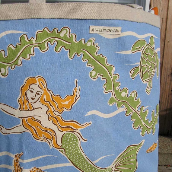 The Mermaid and the Sea, Big Bucket Tote