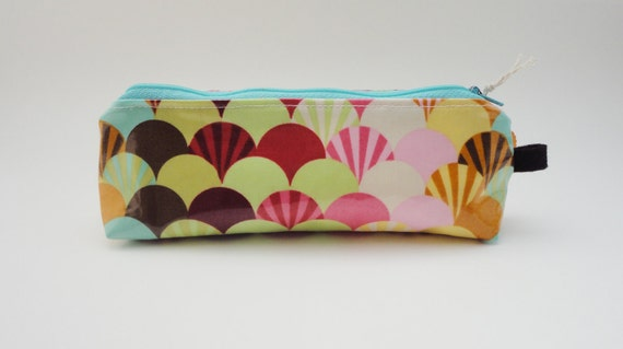Laminated Cotton Zippered Pouch