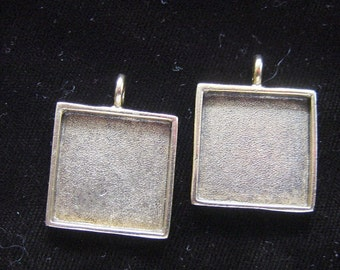 4  Pendant Blanks Large Square Silver Plated Pewter Pendant Blanks (No. ND103) 15/16 Inch (24mm)