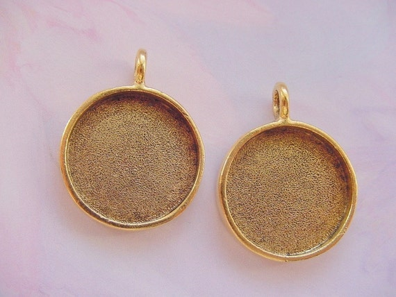 4 Pendant Blanks Large Round Gold Plated MADE In The USA  13/16 Inch (No. ND127)