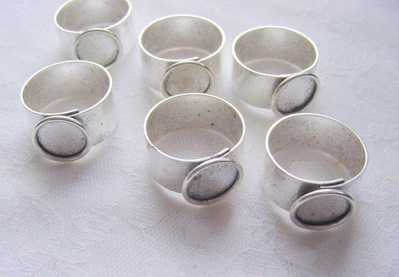 6 Pieces Small Circle Antique Silver Plated Adjustable Ring Blank 3/8 Inch (11mm) (No. ND150)