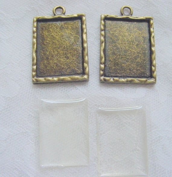4  Pendant Blanks Rectangle  Frame Charm With Adhesive Covers  (No. 035)