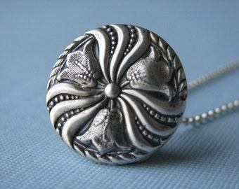 Tulip Pendant, Tuilp Charm, Flower Pendant necklace, Silver Necklace,