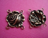 Antique Gold 4 Ring Rose Connector 14x13mm (3)