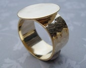 24kt Gold Plated Adjustable Ring 10mm Hammered Band with 16mm Round Base Setting for a Flat Back Cab or Jewel (1 piece)