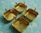 Brass 18mm Square NO RING 4 Prong Closed Back Octagon Setting (3 pieces)