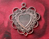 Antiqued Silver Plated Victorian Inspired Scalloped Edge Heart Pendant Charm Settings (3 pieces)