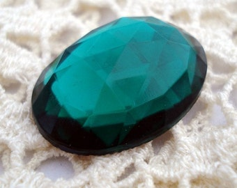 Vintage Emerald Green Oval Rose Cut Glass 25x18mm Gold Foiled Flat Back Cab (1 piece)
