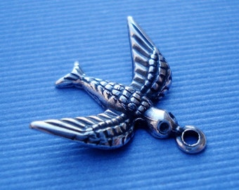 Antique Silver 17x17mm Small Bird Charms (6 pieces)