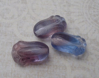 Czech 12x8mm Transluscent Light Sapphire and Amethyst Tulip Flower Beads (25 pieces)