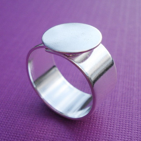 Silver Plated Adjustable Ring 10mm Plain Band with 13mm Round Base Setting for a Flat Back Cab or Jewel (1 piece)