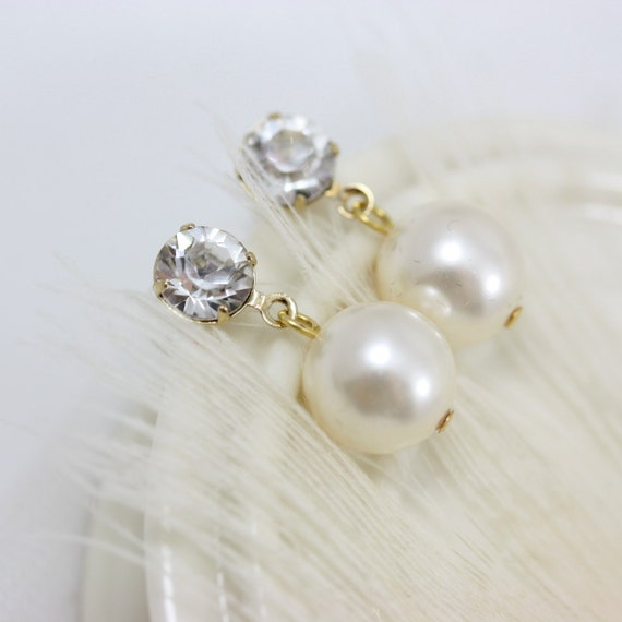 Gold Pearl Earrings, Ivory pearl Bridal earrings Classic Wedding Earrings Wedding Jewelry JANE
