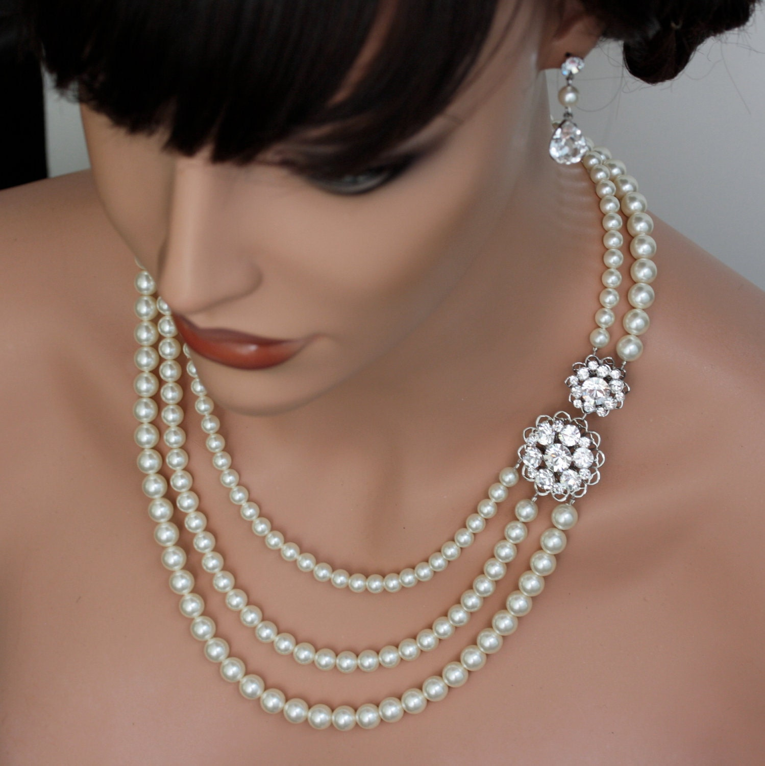 Necklace With A Pearl: Bridal Pearl Necklace Triple Strand Bridal Necklace Wedding