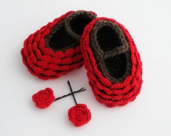 Crocheted Baby Booties Set