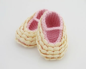 Mary Jane Baby Booties. Yellow. Pink.