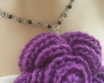 Black Crystal Flowers Necklace. Purple. Yarn.