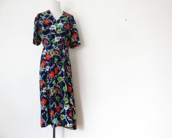 1940s Print Dress 40s Granny dress Floral Print Dress M