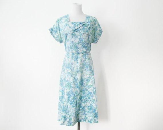 1950s Day Dress Blue Floral Print L Semi Sheer