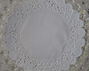 15 Fancy Paper Lace White Doilies Doily Made In USA GD 303