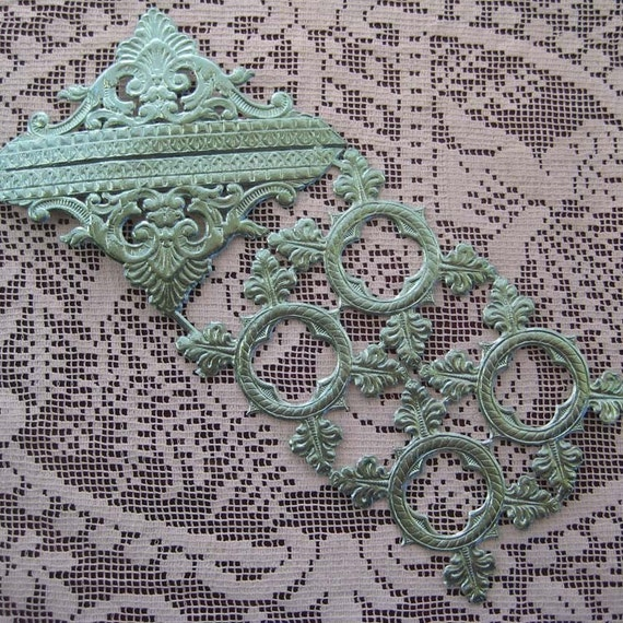 Dresden Trim Made In Germany Aqua Dresden Fancy Embellishments
