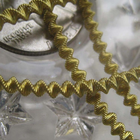 Bouillion Wire Zig Zag Crinkle Wire Made In Germany Authentic Gold 3mm Crinkle Wire For Ornaments