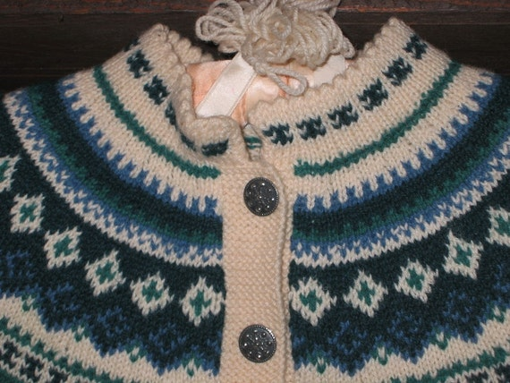 Vintage HUSFLIDEN Handknit Nordic Cardigan Sweater MINT with Folio Pattern
