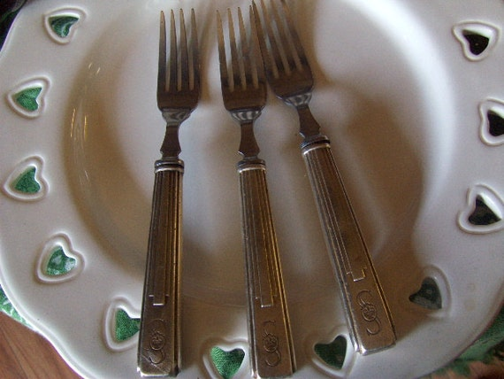 Vintage Silverware Sheraton Hotel  Reed and Barton 1930s 1940s Set of Three 3 Dinner Forks Monogrammed S