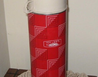 50% OFF Icy Hot Thermos With Mod Design Quart Size Red