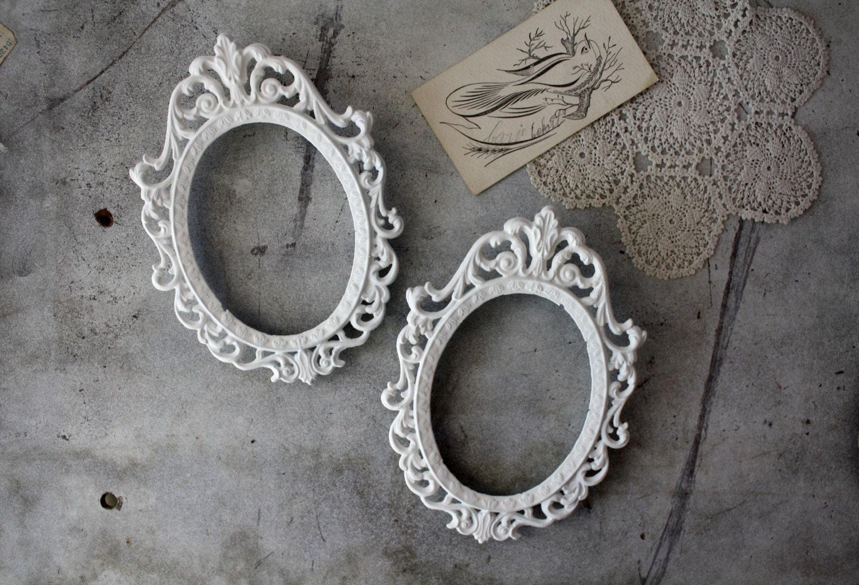 Vintage Metal Filigree Oval Frames