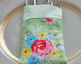 Silverware Utensil Flatware Holder Reusable Green Red Rose Fabric