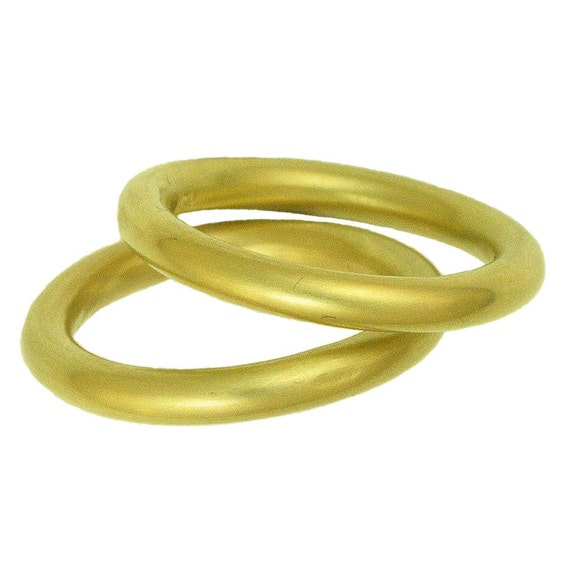 18k gold Plain Bands MADE TO ORDER using 100 Percent Recycled Gold from Hoover and Strong