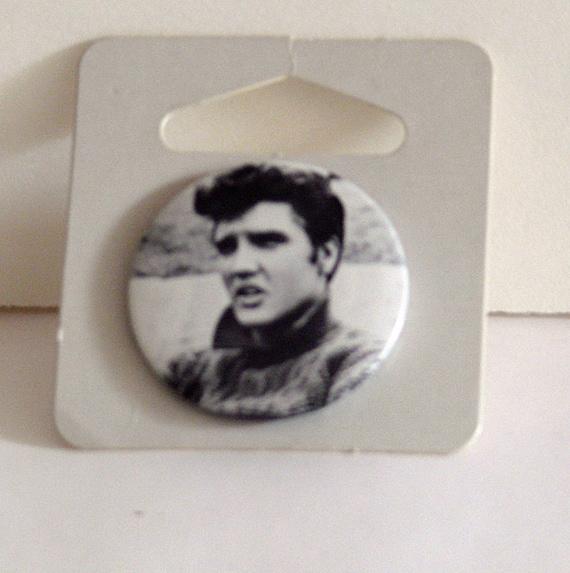 Vintage Elvis Presley Button Pin