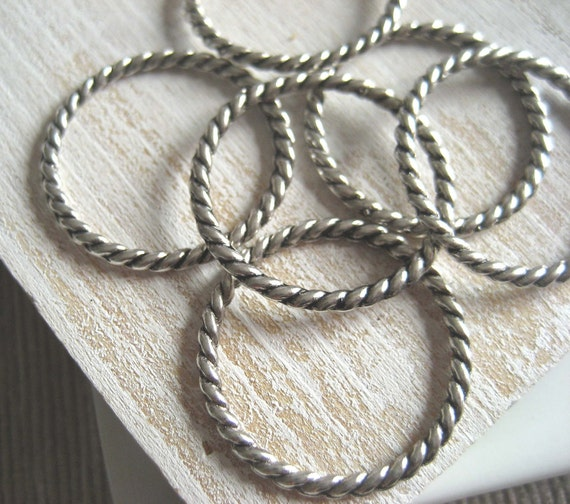 silver metal ring connector  - round link  30 mm - antiqued silver finish - 10  pcs - 1pa76