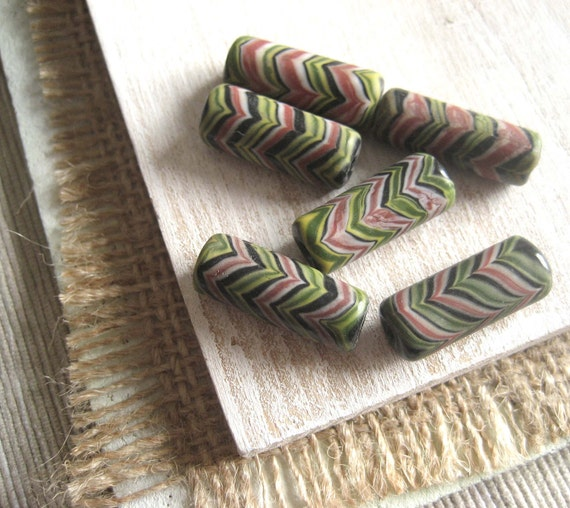 glass beads   feather tube  from indonesia   -  4 pcs  - 1bgl113 30percent off