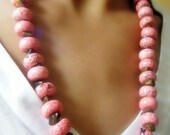 Pink turquoise beads necklace