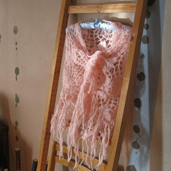 "LACY BOHO SHAWL Vintage Pink Crochet Hippie ""Flower Garden"""